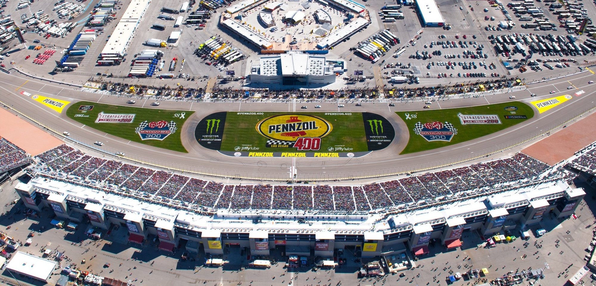 pennzoil-400-header-394978-edited.jpg