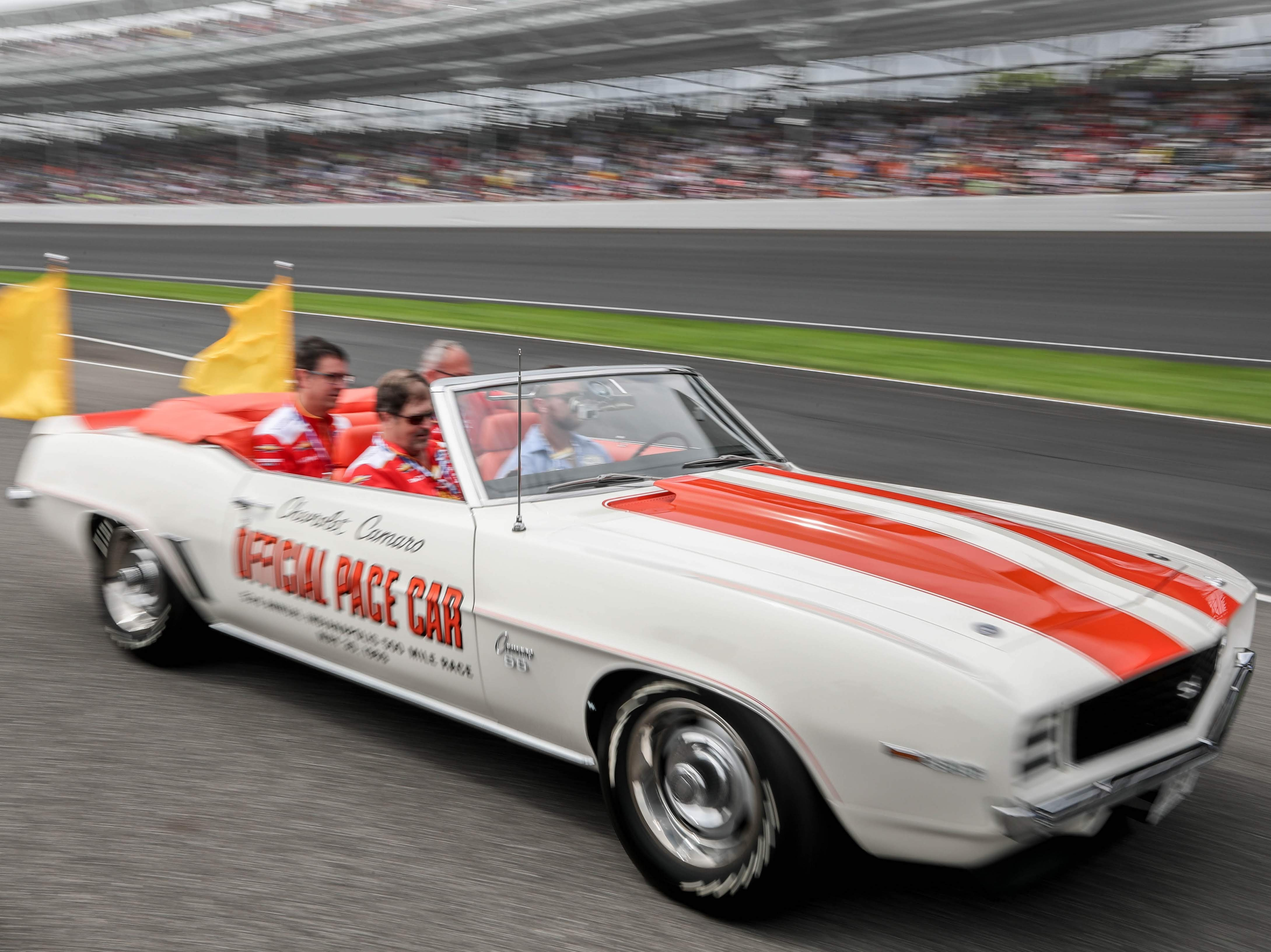 indy-500-pace-car-ride-vip