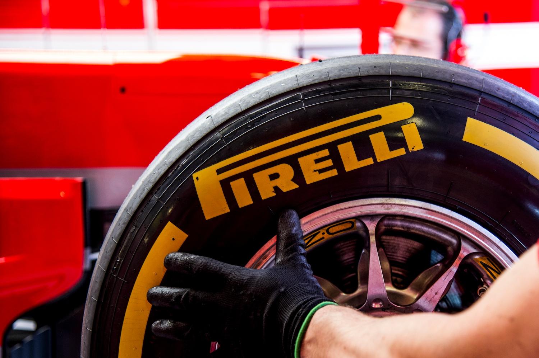 pirelli-tire-social